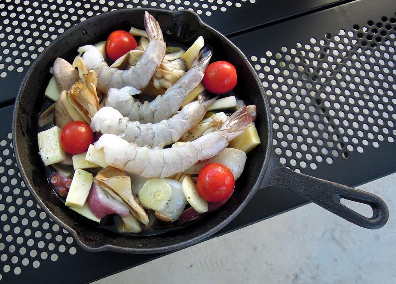 海老や蛸など魚介類を乗せる